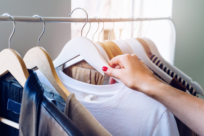 Find Great Clothes at a Women's Boutique